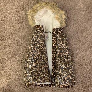 Other - Puffy Leopard Vest (Size 4 Kids)